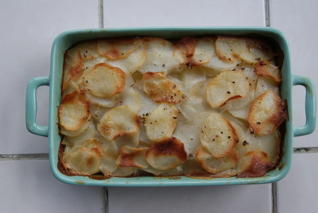 kremowe ziemniaki pieczone ze śmietanką