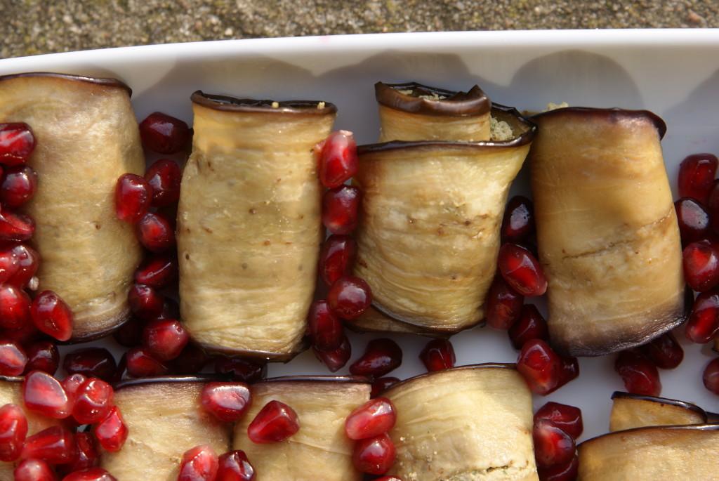 roladki z bakłażana z pastą orzechową